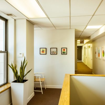 Cashflow-positive office annex in Chicago neighborhood